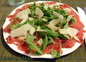 carpaccio-di-manzo-con-rucola-e-parmigiano